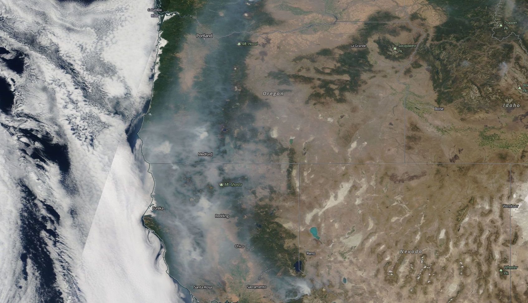 smoke over oregon aug 9