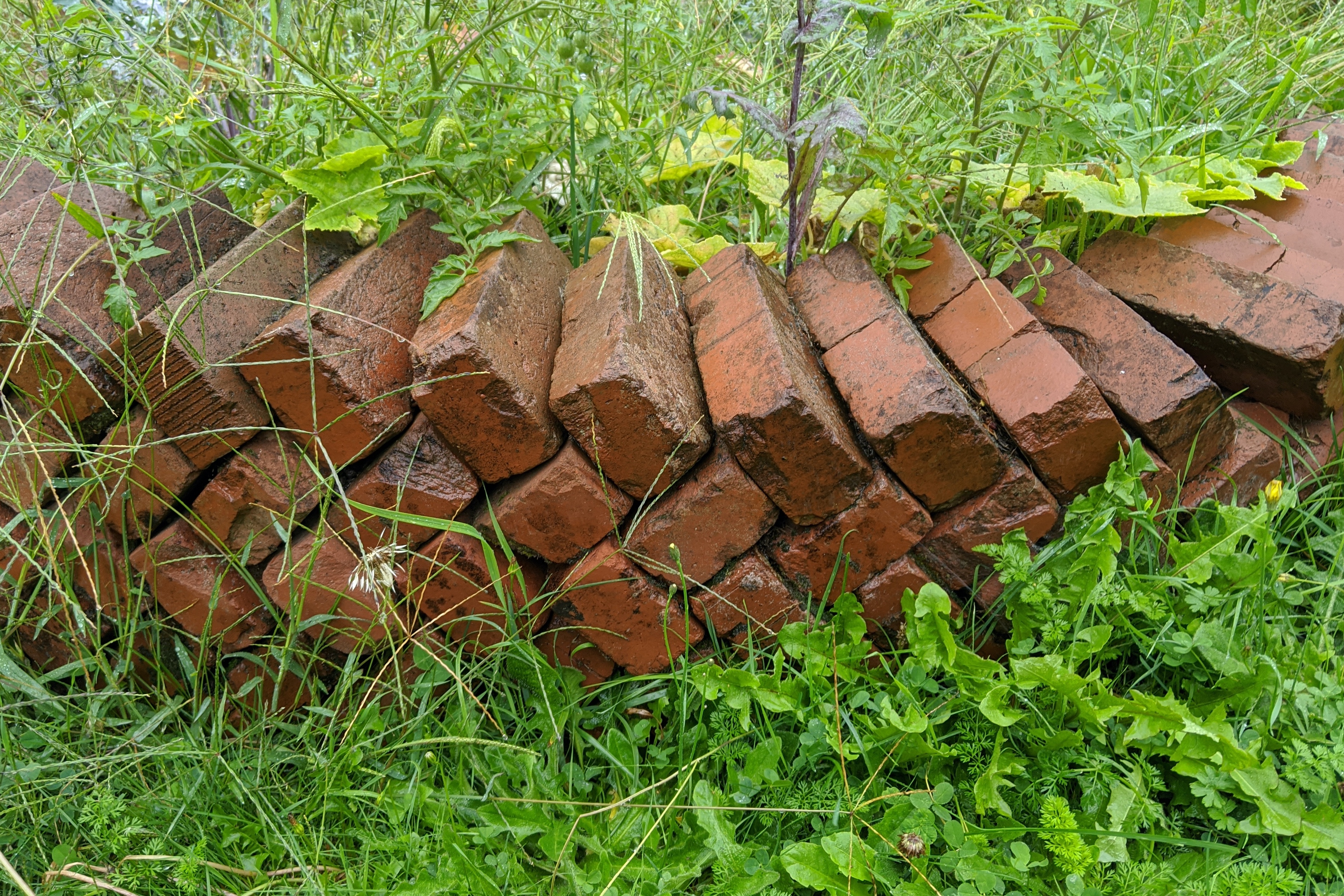 unmortared bricks