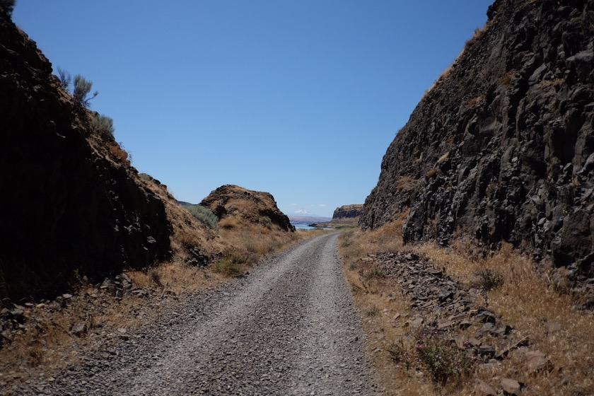 Google thought this gravel road with golf ball sized rocks would make a nice detour off of Highway 14. Nope.